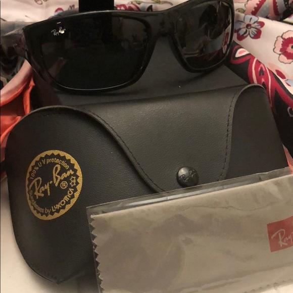 3f90deb4bd Ray-Ban sunglasses RB 4177 polarized lenses black